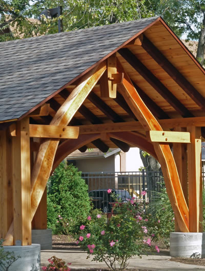 Timber Frame Gallery of post and beam houses, barns, projects by builder David Yasenchack
